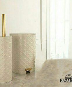 سطل و فرچه سرویس بهداشتی گرد وانیلی-طلایی طرح گل لیمون